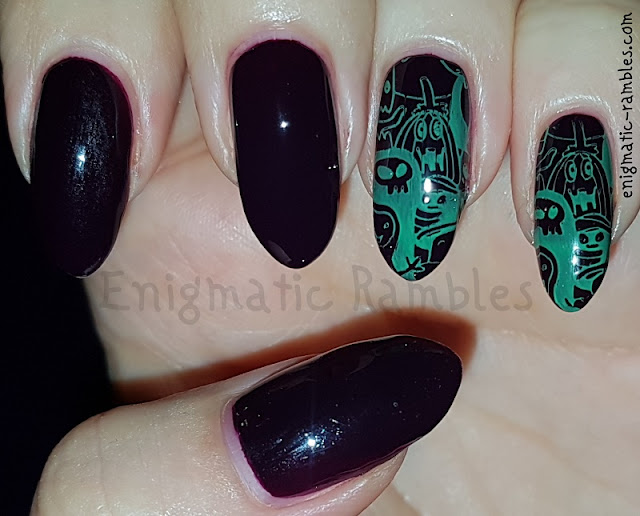 Stamped-Halloween-Ghoul-Nails