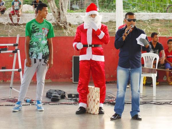 Natal solidário do Projeto Amigo do Esporte