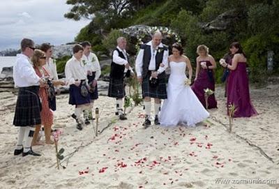 menghitamkan pengantin wanita di skotlandia