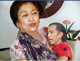Gambar Lucu Jokowi Digendong Megawati Gambar Viral Hd