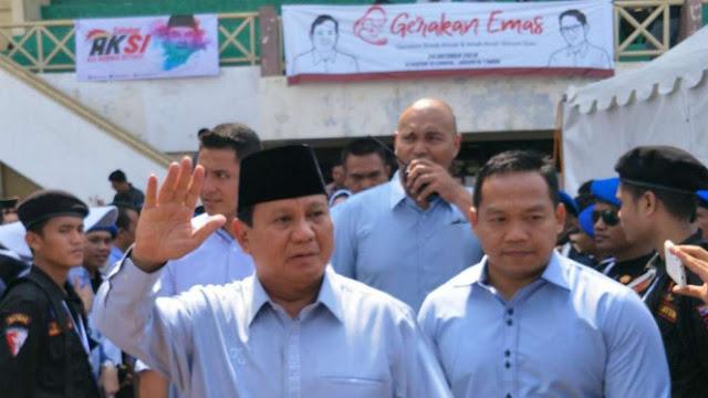 Akui Tak Pantas Jadi Imam Salat, Prabowo: Ikuti Orang yang Tinggi Ilmunya, Buat Apa Berpura-pura