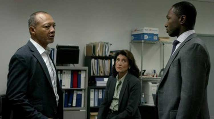 Paul Calderon and Amy Aquino star in Bosch.