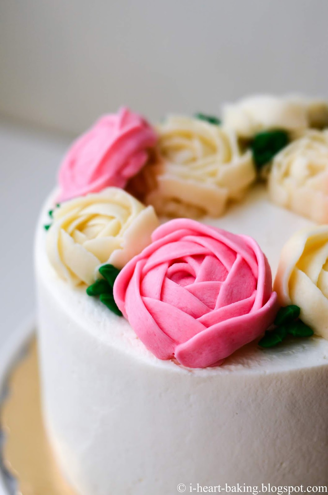 I Heart Baking Pink And White Floral Wreath Cake