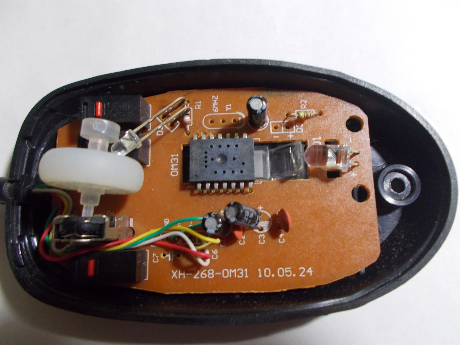 Usb Wiring Diagram For A Mouse Color Inside An Optical Electronic Repair Tips Rh Electronicszone Shiharan Blogspot Com Wire Connection