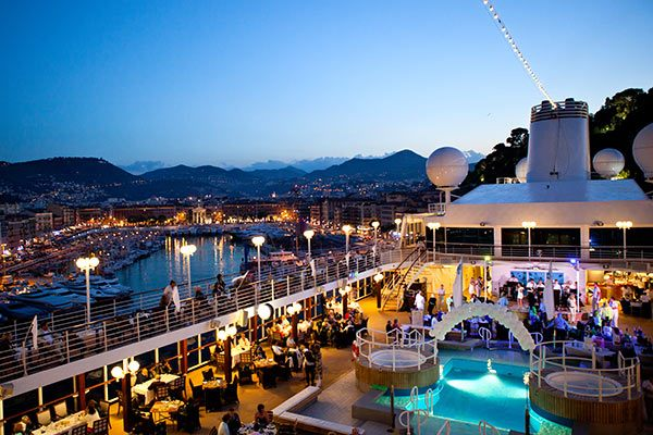 azamara club cruises offer small ships huge experiences travelhoteltours vacation packages. Black Bedroom Furniture Sets. Home Design Ideas