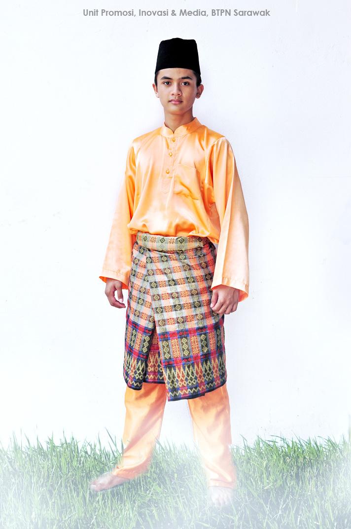 Melayu berbaju kurung - 2 8