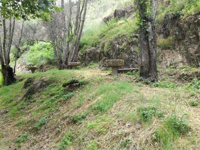 Meses de merendas em pedra