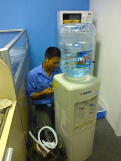 Dịch Vụ Sửa Cây Nước Nóng Lạnh Uy Tín Chất Lượng