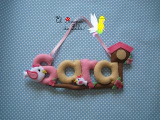 nombre-fieltro-Sara-elbosquedelulu-hechoamanoparati-regalo-nacimiento-decoración-infantil-felt-name-banner