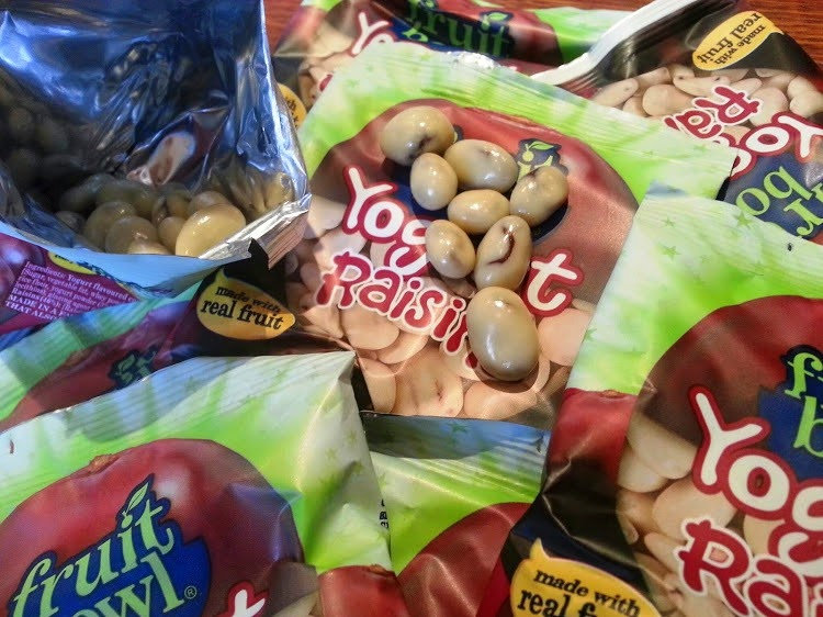 FruitBowl children's fruit snacks Yogurt Raisins review
