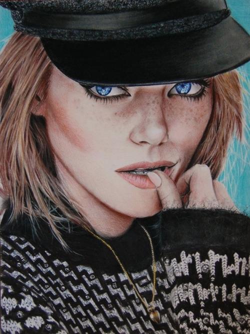 11-Emma-Stone-Valentina-Zou-Pencils-and-Charcoal-Hyper-Realistic-Drawings-www-designstack-co