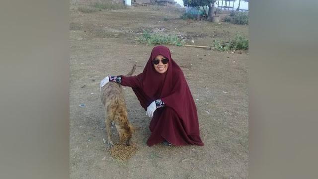 Ternyata Seperti ini Maksud Dessy, Muslimah yang Merawat 115 Anjing