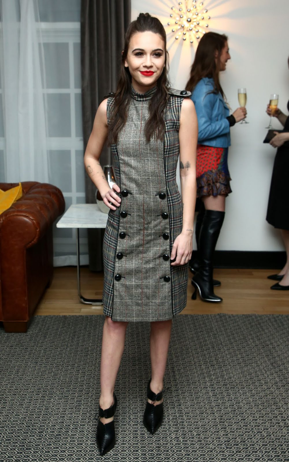 Bea Miller At Wolk Morais Collection 6 Fashion Show In Los Angeles