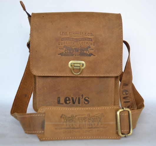 Tas Kulit Levis Brown Edition