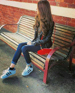 style girl whatsapp dp