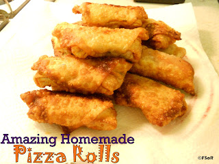 Amazing Homemade Pizza Rolls | A bigger version of the very tasty freezer aisle treat! #recipe #copycat