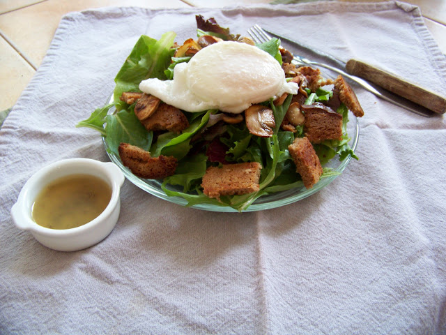 Breakfast Salad with a poached egg on top