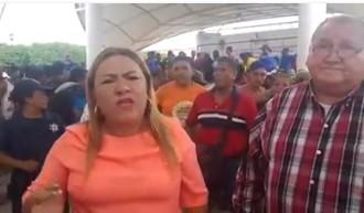 Pide y clama alcaldesa de #Suchiate en #Chiapas apoyo para migrantes que se encuentran aposentados en su municipio.