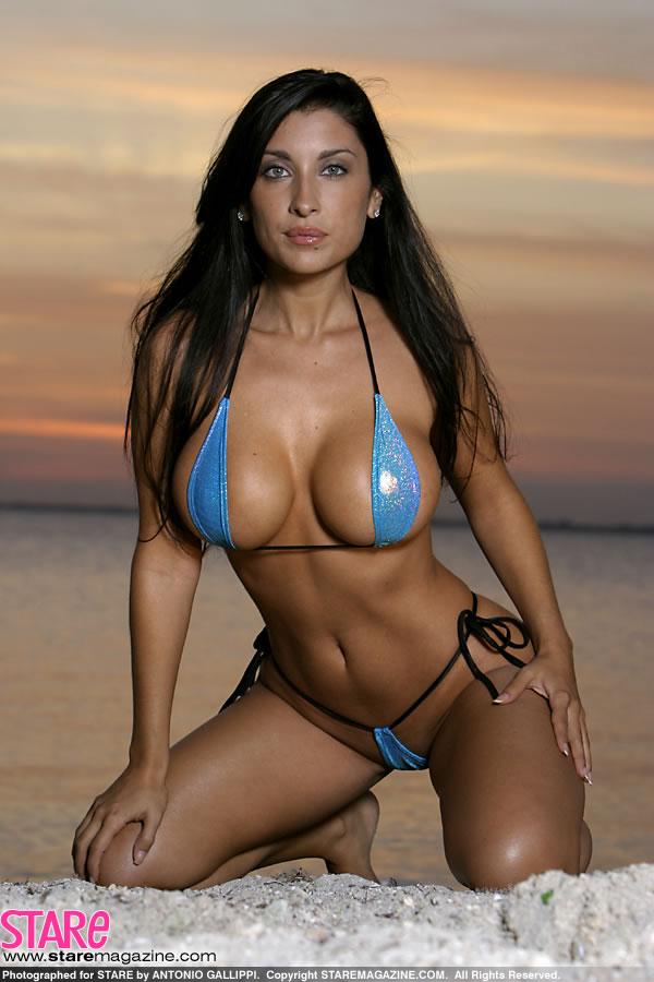 bikini Jessica canizales in