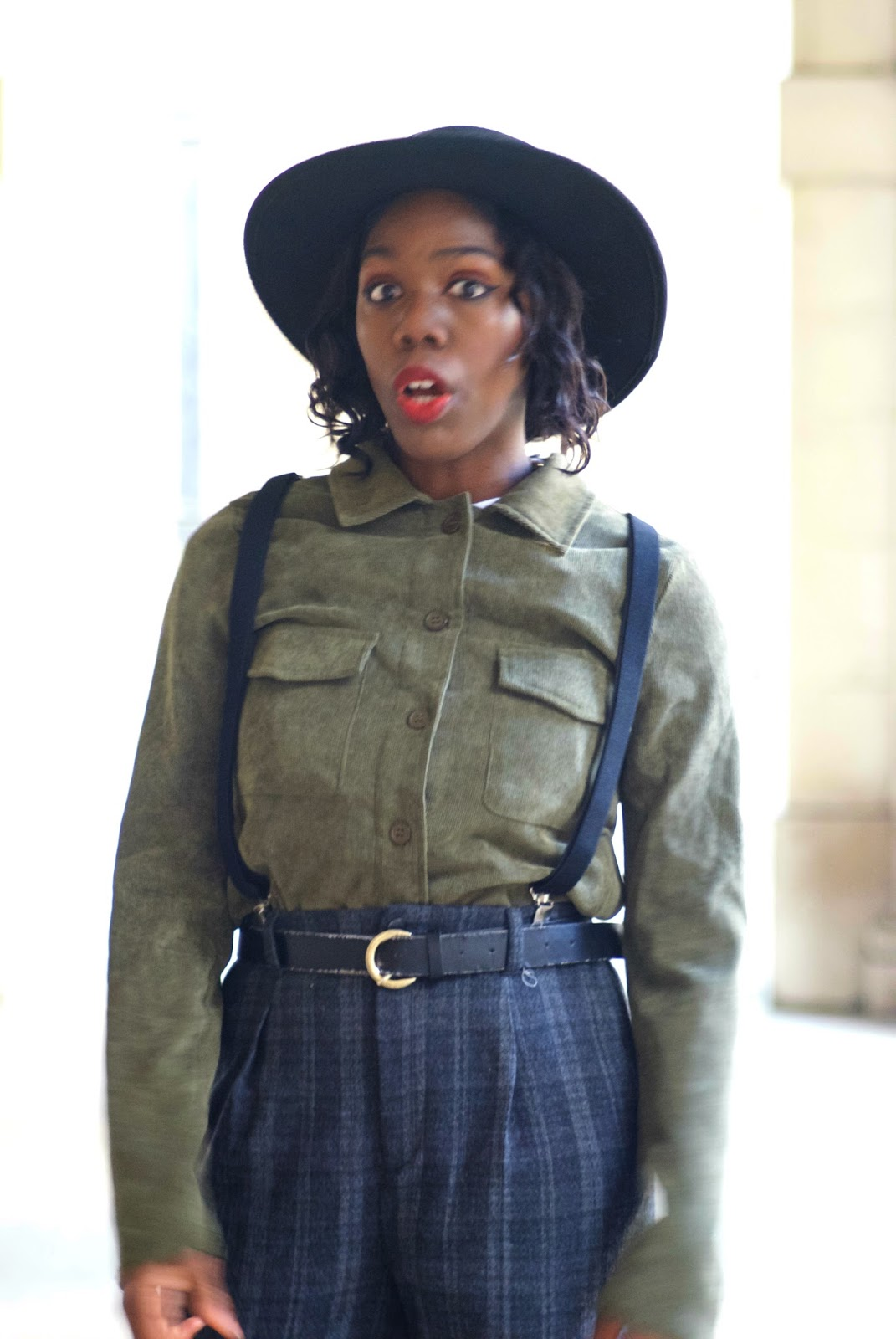 Blogger, Fashion Blogger, Zara plaid trousers, braces, suspenders, corduroy shirt, oversized woman shirt, boohoo oversized shirt, black fedora, asos aviators, temple church area,temple