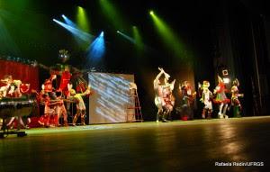 Espetáculo Exotique do Grupo Tholl