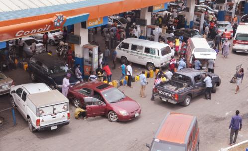 Fuel Queues Return; NNPC, Marketers React