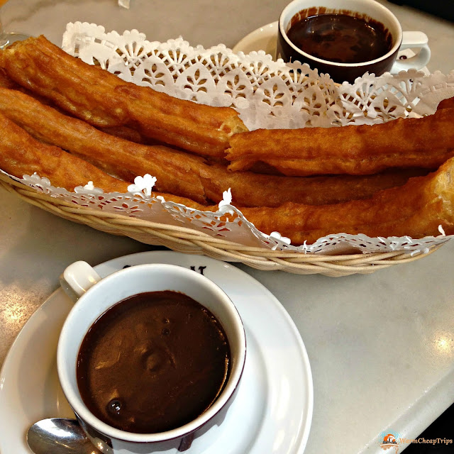 porras, chocolate madrid, Madrid, dove mangiare a madrid, churros, jamon, montaditos, bocadillo de calamares, cibo a madrid, piatti spagnoli