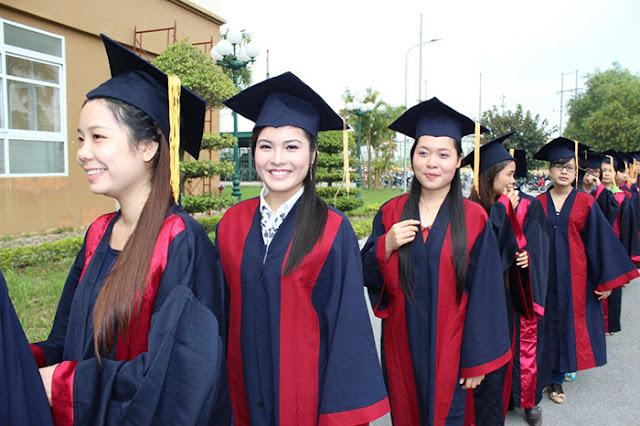 Làm Bằng Đại Học Giả Tại TPHCM Giá Rẻ