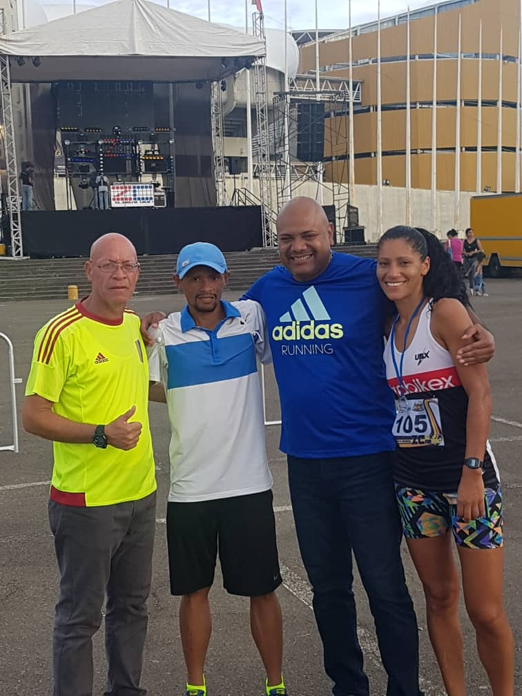 timeless design f1223 89a1b Alcalde Tito Oviedo felicitó a todos los atletas que asistieron al evento