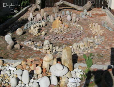 Pebble garden art in Fish Hoek