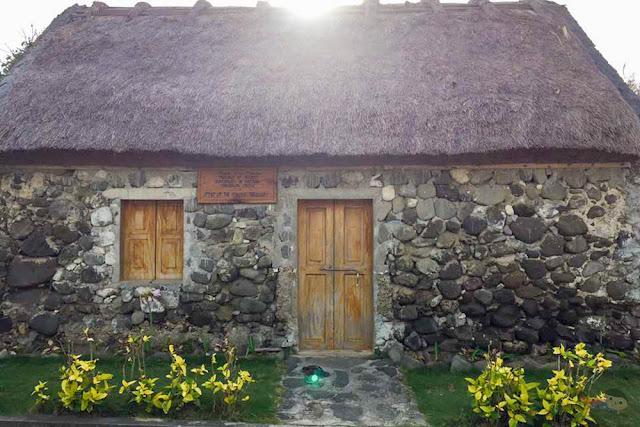 Sinakan, Savidug Stone Houses
