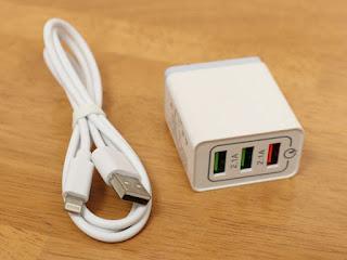 USB充電器 急速 ACアダプター QC3.0 搭載 急速充電器 3ポート 30W USBコンセント プラグ搭載 USBポートiPhone充電ライトニングケーブル付き Android/iPhone/iPadなど対応 持ち運び便利、旅行用