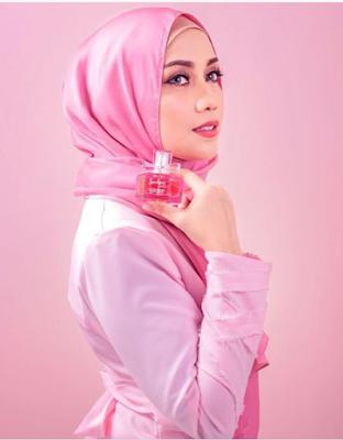 biodata lengkap Mia Ahmad 2016
