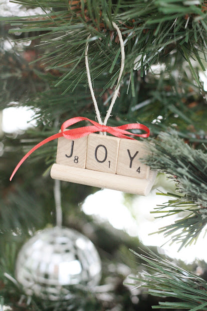 Daily Obsessions Christmas - Scrabble Ornament