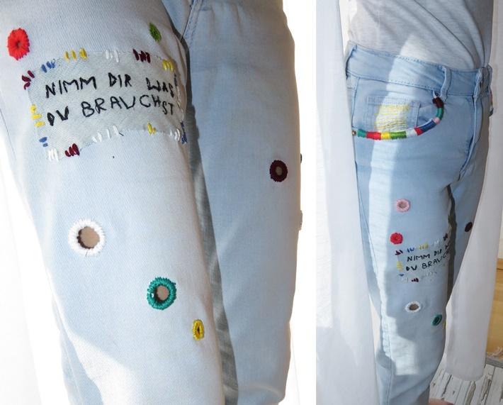 Bestickte Jeans - Teilansicht Bein