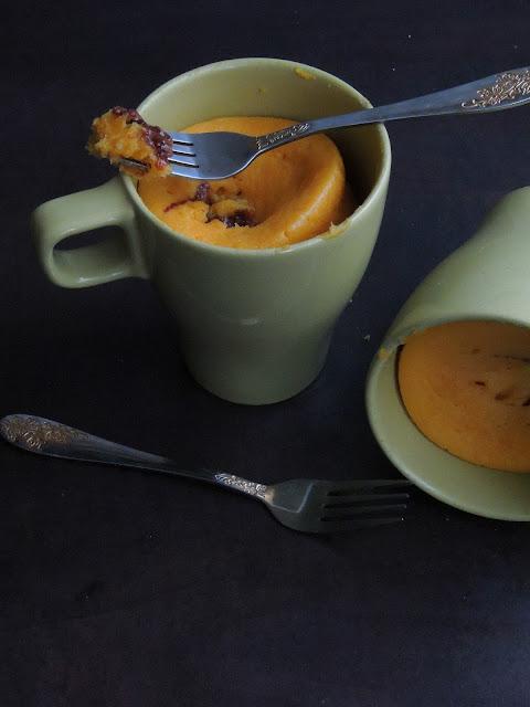 Eggless Pumpkin Mug Cake