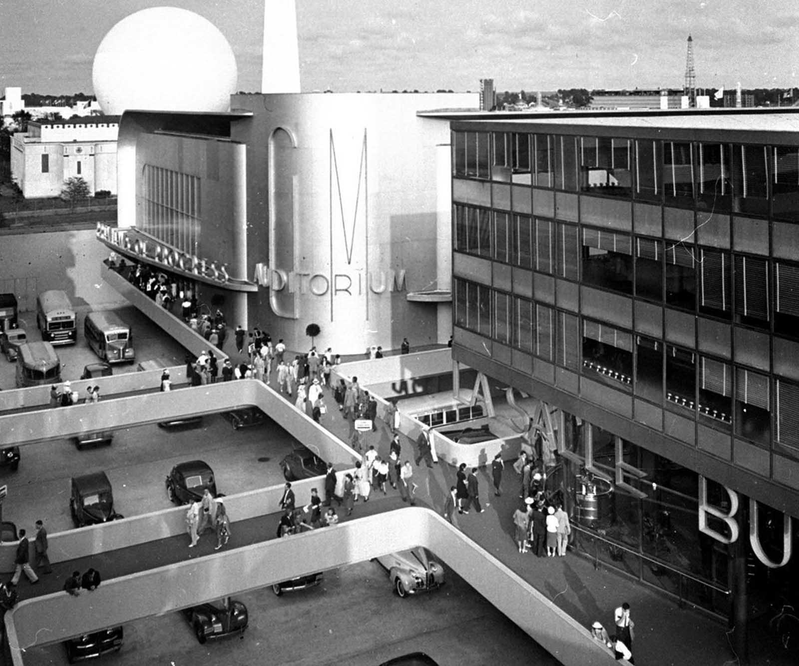 The entrance to General Motors' Exhibit at the New York World's Fair of 1939-1940. The exhibit attracted nearly 25 million visitors.