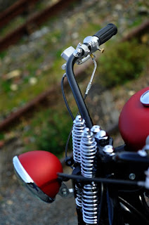 forty eight bobber with springer fork