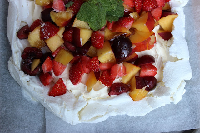 vegan egg-free aquafaba meringue pavlova with strawberries, cherries, nectarines and mint, Magical Secret Ingredient Pavlova, www.imogenmolly.co.uk