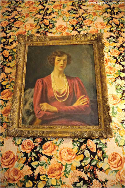 Retrato de Gertrude en su Dormitorio en la Mansión The Breakers, Newport