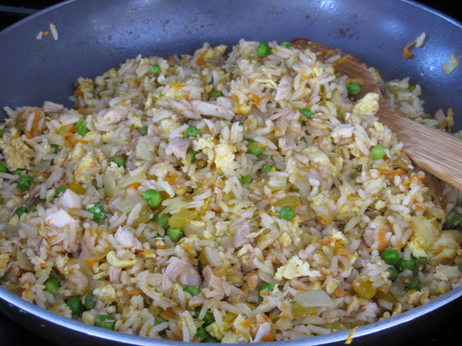 Gluten Free Fried Rice with Vegetables and Chicken