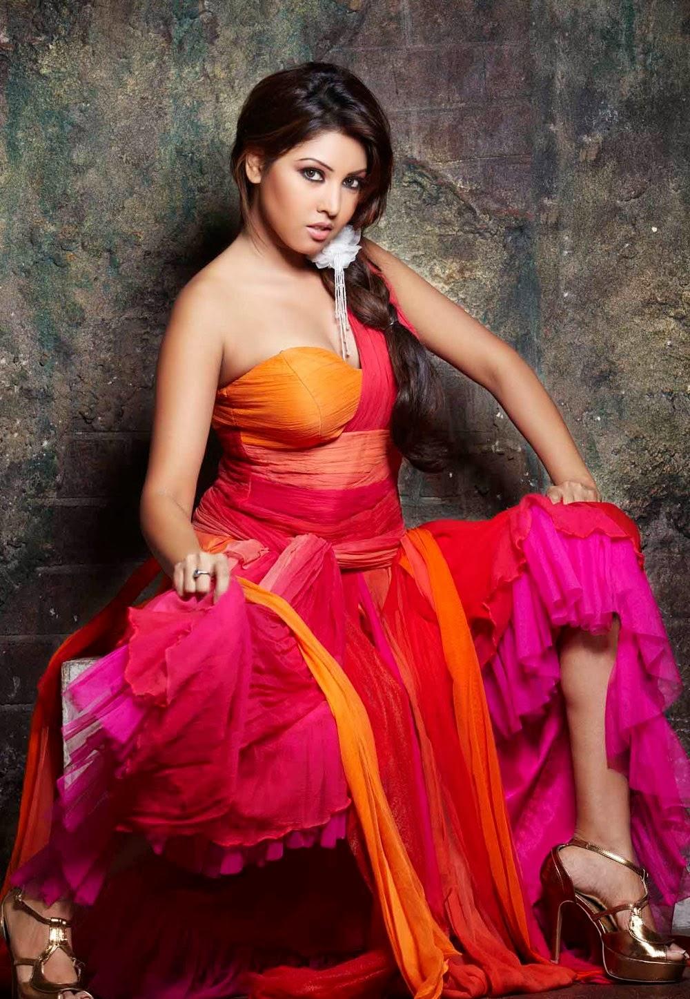 Hot Wanted Girls Komal Jha Hot Wallpapers-8200