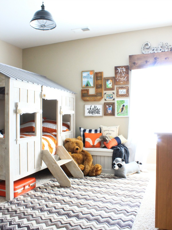 Rustic Cabin Boys bedroom makeover