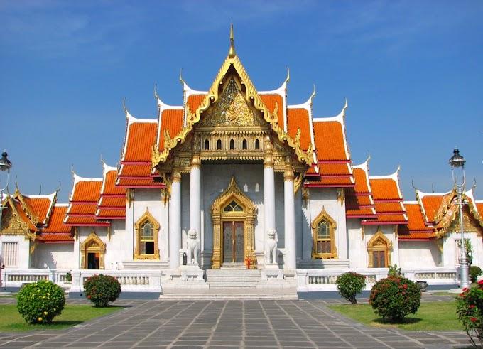 ¿Quién puede visitar un templo budista?