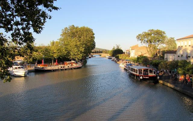 Canal du Midi. Homps. Pueblos del País Cátaro