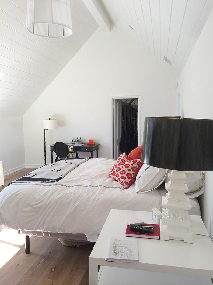 Antes y despu s de un dormitorio con ba o tr s studio for Blog interiorismo decoracion