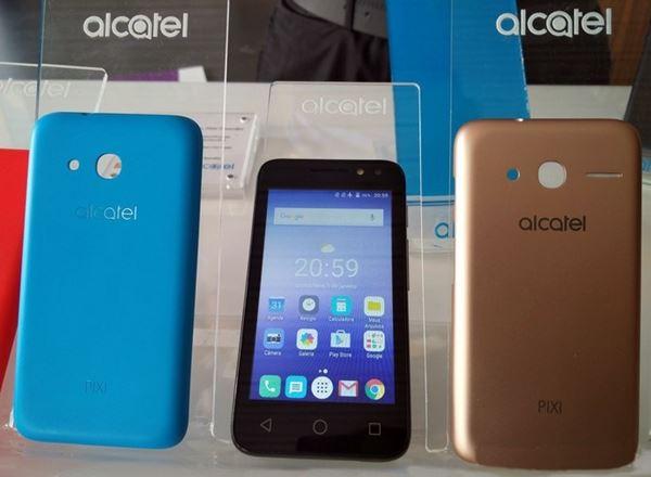 O intermediário mais barato da nova Alcatel, PIXI4 de 4 polegadas (3G), oferece câmera de 8MP e frontal (selfie) de 5MP, sendo que ambas possuem flash.