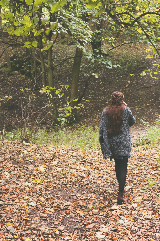 Velvet slip dress | www.hannahemilylane.com