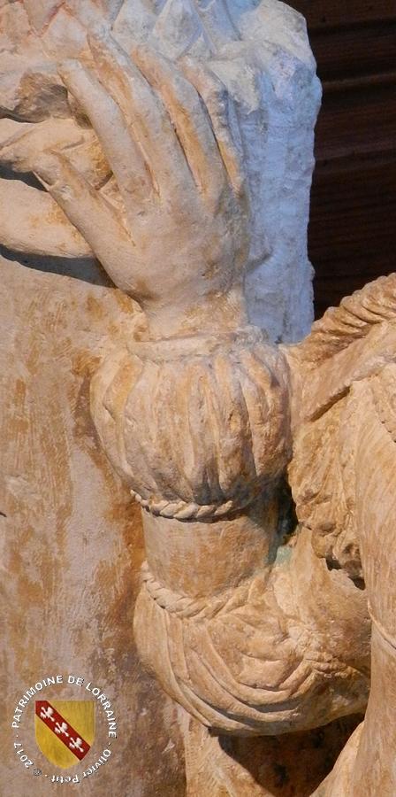 EPINAL (88) - Musée d'Art Ancien et Contemporain : Statue de Sainte-Barbe (XVIIe siècle)