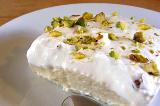 طريقة عمل حلوى ليالي لبنان بسهولة